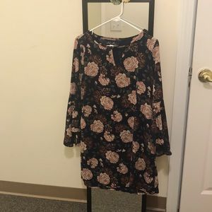 Floral, bell sleeves dress